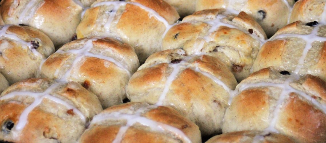 hot_cross_buns_1